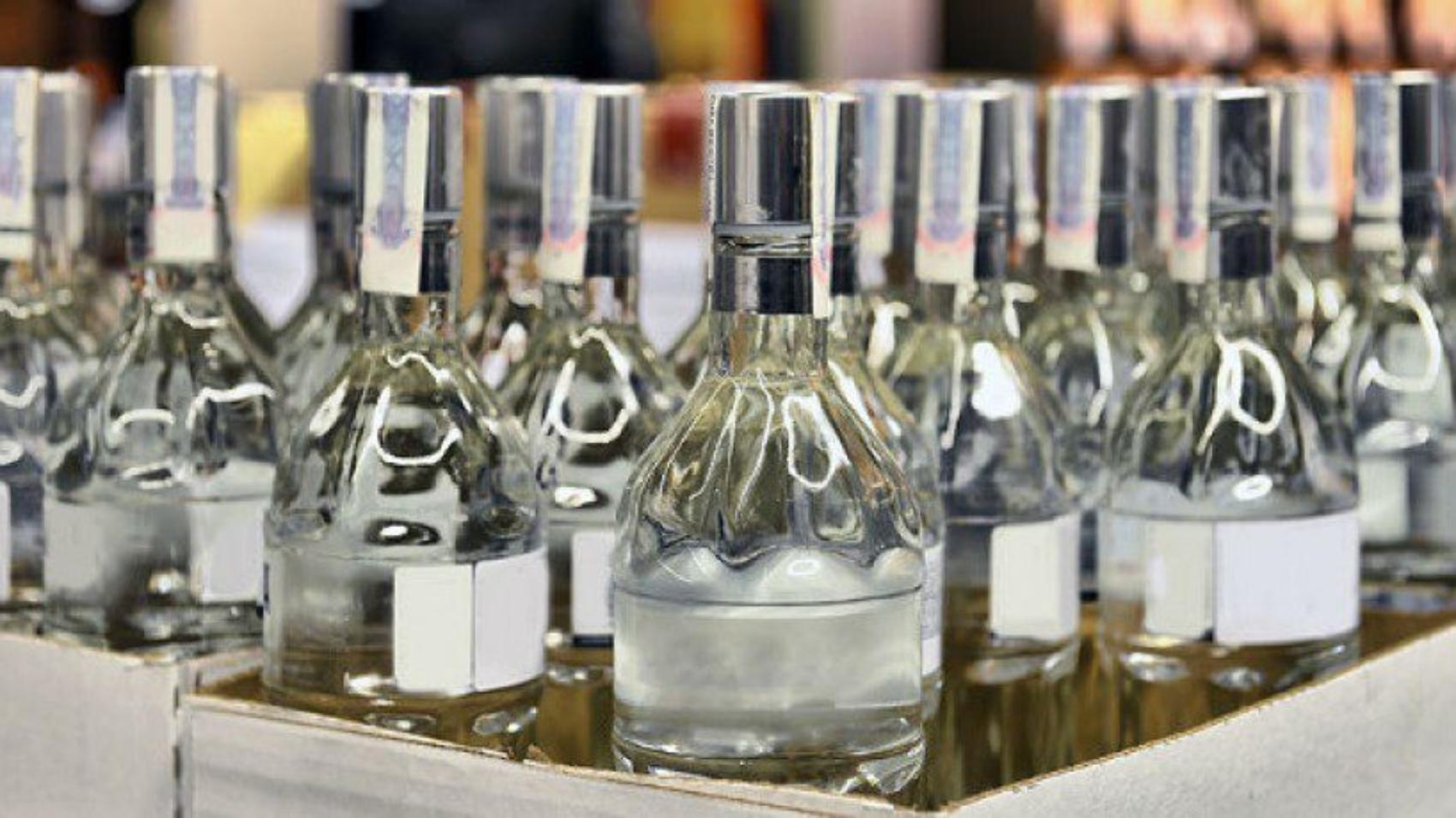 Правительство утвердило новые правила учета и представления деклараций об объеме производства и оборота этилового спирта, алкогольной и спиртосодержащей продукции.