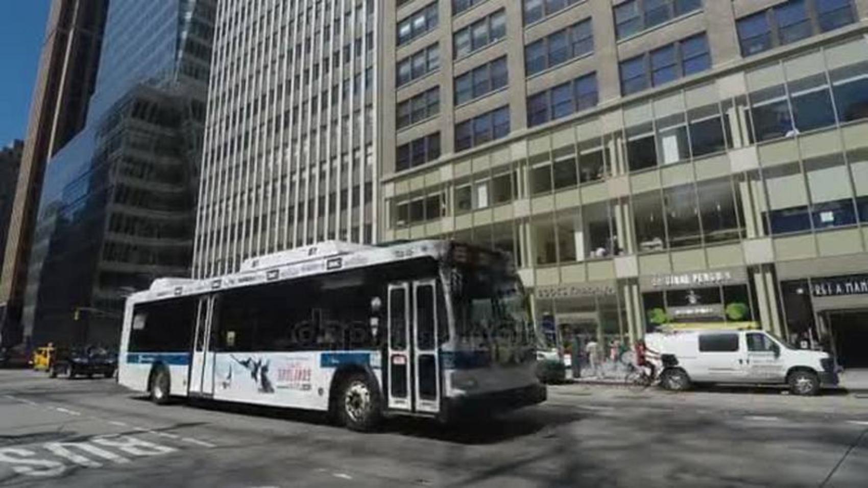 depositphotos_151837018-stock-video-new-york-usa-april-18